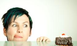 7 trucchi efficaci per dire addio alla fame compulsiva